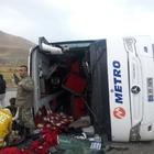 Van'da yolcu otobüsü devrildi