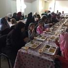 İLKDER'ce Suriyeli yetimlere yemek verildi