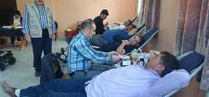 Ilgın'da Kızılay'a kan bağışı