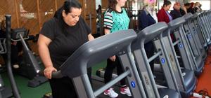 Spor ve diyet yaparak 7 ayda 76 kilo verdi