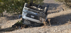 Uşak'ta kamyonet uçuruma yuvarlandı: 1 ölü
