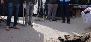 Pazarcının çaktığı çadır kazığı doğalgaz borusunu deldi