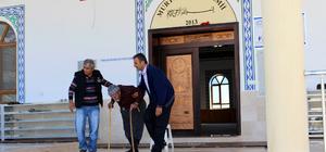 Abdullah dedenin 15 yıl sonra camide namaz kılma sevinci