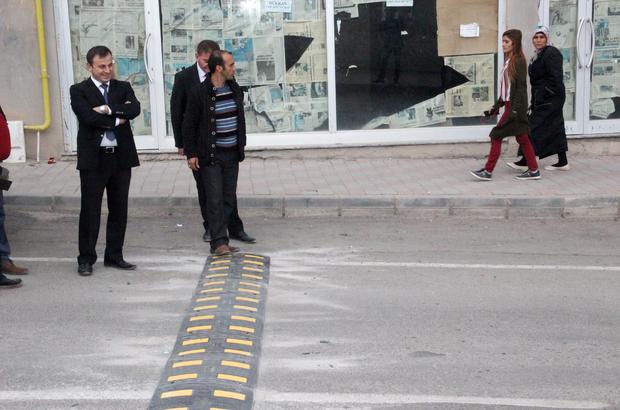 Suşehri'nde okul önlerine hız düşürücü kasis yapıldı