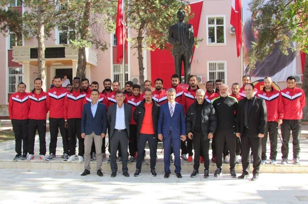 Sandıklıspor'dan Kaymakam Arıcan'a ziyaret