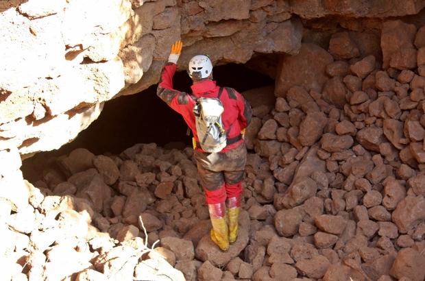 """Hatay'da keşfedilen Türkiye'nin ilk """"lav tüpü mağarası"""""""