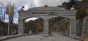 Göynük ilçesine kent girişi kapısı yapıldı