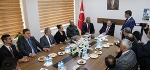 Artvin Valisi Doğanay, Arhavi'yi ziyaret etti