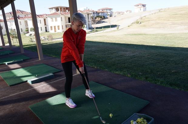 Şampiyonlar golf oynadı