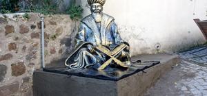 Ünye'de kadı heykelleri çalışması