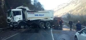 Yenice'de trafik kazası: 2 yaralı