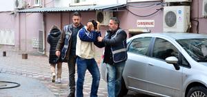 Manisa'daki kuyumcudan oyuncak silahla soygun girişimi