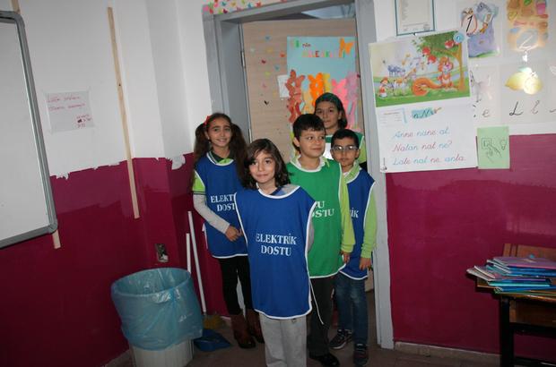 """Okulda enerji ve su israfına """"Çevre Timi"""" engeli"""