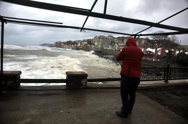 Batı Karadeniz'de fırtına