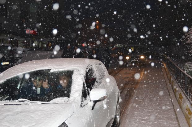 Malazgirt'te etkili kar yağışı
