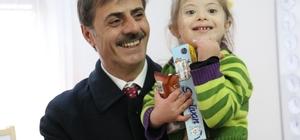 Başkan Alemdar'dan Özel Eğitim Anaokulu'na ziyaret