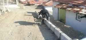 Sungurlu'da Yol Çalışmaları Sürüyor