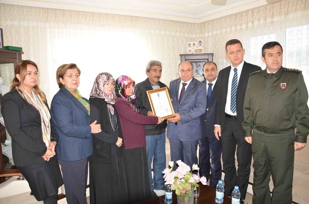 """Şehit Altınsoy'un ailesine """"Şehadet"""" beratı"""