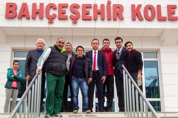 Küçük dev Halil Mutlu, Bahçeşehir Okulları öğrencileriyle buluştu