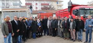 Elazığ'da damızlık boğa dağıtımı yapıldı