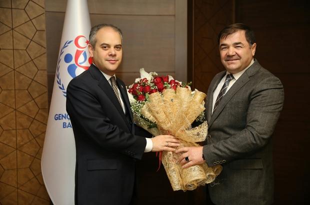 Güreş Federasyonu yönetiminden Bakan Kılıç'a ziyaret
