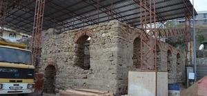 Tarihi Şengül Hamamı onarılıyor