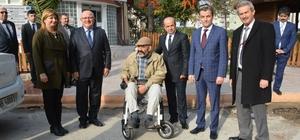 Yunusemre Belediyesi engellilerin yanında