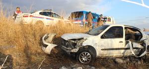 Manisa'da otomobil şarampole devrildi: 1 ölü, 5 yaralı