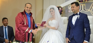 Başkan Sözlü, belediye personelinin nikahını kıydı