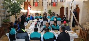 Başkan Kara, Kilis Belediyesporlu futbolculara kahvaltı verdi