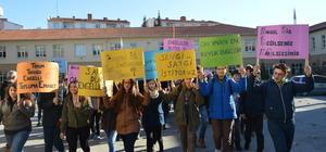 Lise öğrencileri engellilerin sorunları için yürüdü