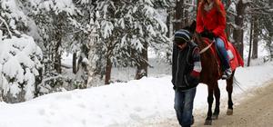 Bolu'da kar yağışı