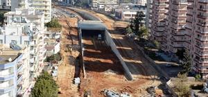 Demokrasi Kavşağı'nda asfalt çalışmaları başladı