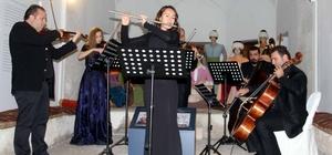Geçmiste müzikle şifa dağıtan külliyede konser