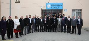 Ankaralılardan ilkokul öğrencilerine kitap desteği