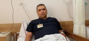 Hasta yakını acil serviste görevli doktoru darbetti