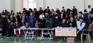 Genç Erkekler Bilek Güreşi Turnuvası