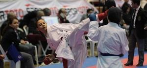 Kağıtspor'lu karateciler Türkiye Şampiyonasında madalyalara ambargo koydu