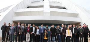 Rektör Prof. Dr. Gür engelli öğrencilerle bir araya geldi