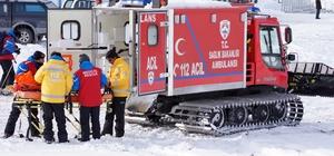 Kar ve tipi nedeniyle mahsur kalan 42 hasta kurtarıldı