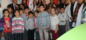AÜ Hemşirelik Fakültesi öğrencilerinden sağlık taraması