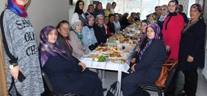 Albayrak kadın hakları gününü kutladı