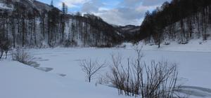 Erbaa'daki Düden Gölü dondu