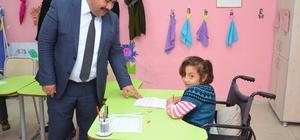 İlçe Milli Eğitim Müdürü Ateş´ten engelli vatandaşları unutmadı