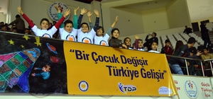 TDP Öğrencilerinden Dünya Gönüllüler günü mesajı
