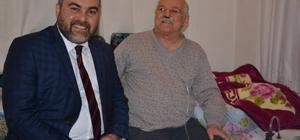 Başkanı Erener'in yaşlıları ziyaret