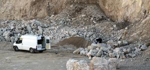 Adana'da ele geçirilen bomba düzenekli araç