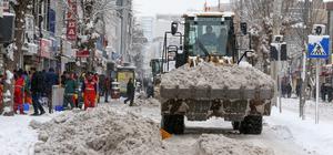 Van'da karla mücadele çalışmaları