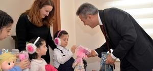 Vali Elban çocuklarla kahvaltıda buluştu