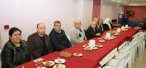İzmir'deki halk gününde vatandaşlar arka planda kaldı